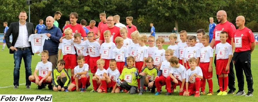 Kaufland unterstützt den kleinen Fußballnachwuchs